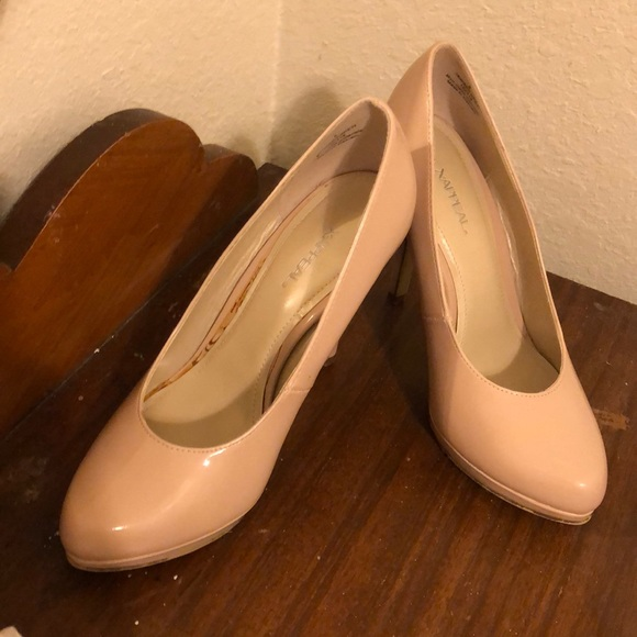 Shoes - Nude shoe